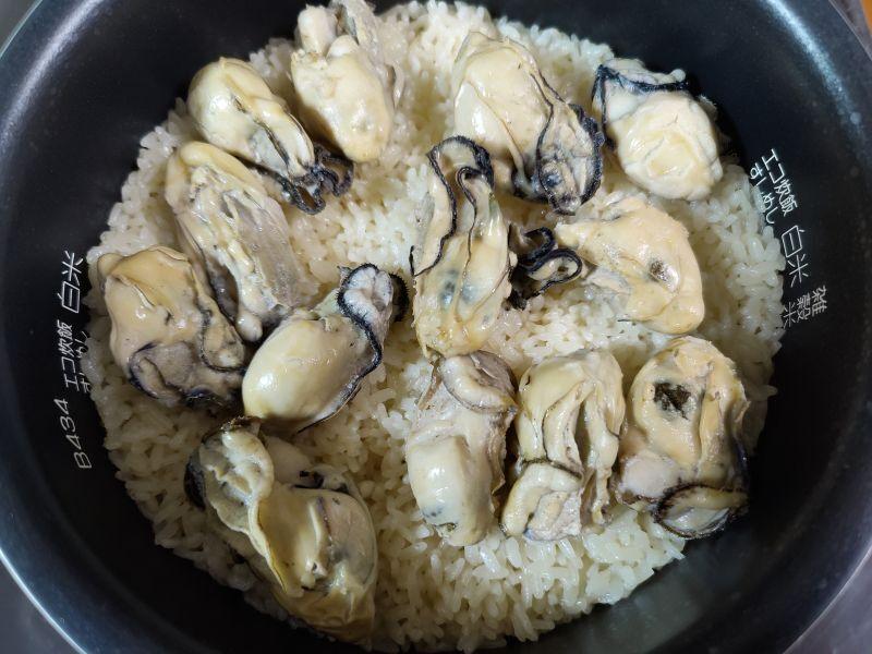 ふっくら牡蠣ご飯