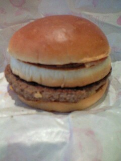 テキサスバーガーを食べました^^
